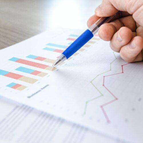 cine este şi ce face un business analyst